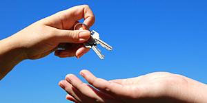 Dran denken: Schlüsselübergabe