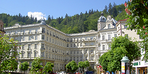 Reisetipp Karlsbad: Fassade des Grandhotels Pupp