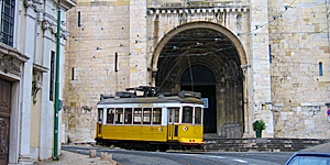 Die Linie 28 in Lissabon  Foto: M. Kiel