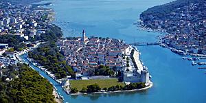 Reisetipp Kroatien - Blick auf Trogir  © Kroatische Tourist. Gemeinschaft, Josip Madracevic