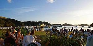 Live at the Islands Urupukapuka / © newzealand.com