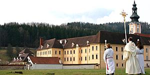 Reisenews: Meditieren, Wandern und Kneippen im Kloster