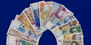 Zahlreiche alte EU-Währungen aus der Zeit vor der Euro-Einführung schlummern noch in Geldbörsen und Schatullen der Deutschen. Neben der Deutschen Mark tauscht die ReiseBank auch noch italienische Lire, spanische Peseten, belgische und französische Francs sowie österreichische Schillinge in Euro um.