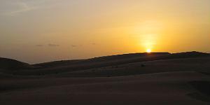 Sonnenuntergang hinter den Sanddünen © P.Höhnel
