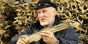 Johannes Lortveit erklärt den Stockfisch © Brigitte Bonder