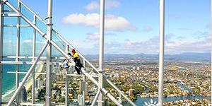 Beim SkyPoint Climb Australiens höchstes Gebäude erklimmen