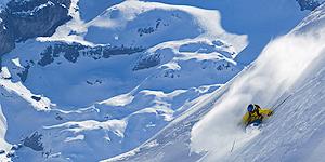 Engelberg ist für seine Schneesicherheit, eine lange Wintersaison und das abwechslungsreiche Ski- und Freeride-Gebiet bekannt.