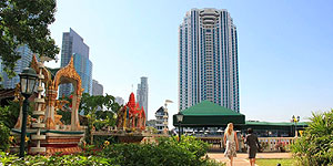 Hotel The Peninsula in Bangkok © Brigitte Bonder