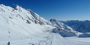 Tolle Pisten und traumhafte Ausblicke an der Zugspitze © Andrea Bonder