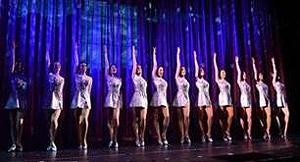 The Rockettes® taufen Norwegian Breakaway in New York