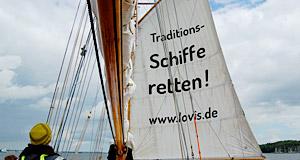 Viele Traditionsschiffe dürfen weiterhin nicht  ihre Segel setzen