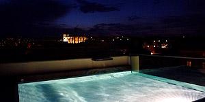 Highlight: das beleuchtete Mallorca am Abend © Melanie Kiel