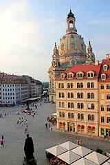 Dresdens Wahrzeichen - die Frauenkirche © Thomas Sbikowski