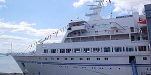 Stippvisite auf der MS Delphin in Bremerhaven