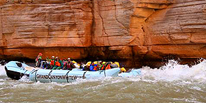 Mit dem Schlauchboot durch den Grand Canyon und die Sonora Wüste © Arizona-Presse