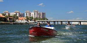 Speetboot-Abenteuer in St. Petersburg © Brigitte Bonder