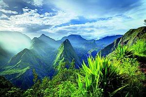 S. 162/163 La Réunion, Indischer Ozean, Frankreich © infografik / Shutterstock