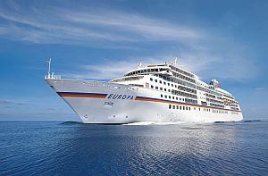 MS EUROPA auf See. Foto: Hapag-Lloyd Cruises