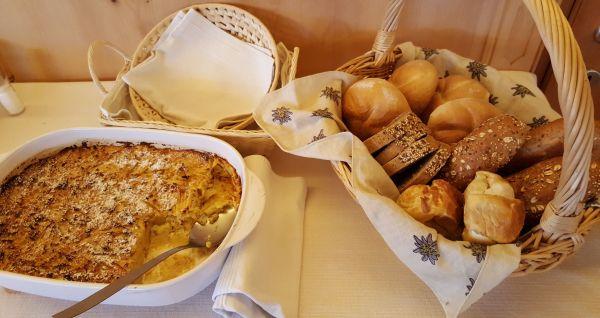 Hofeigene Produkte zum Frühstück © Thomas Sbikowski
